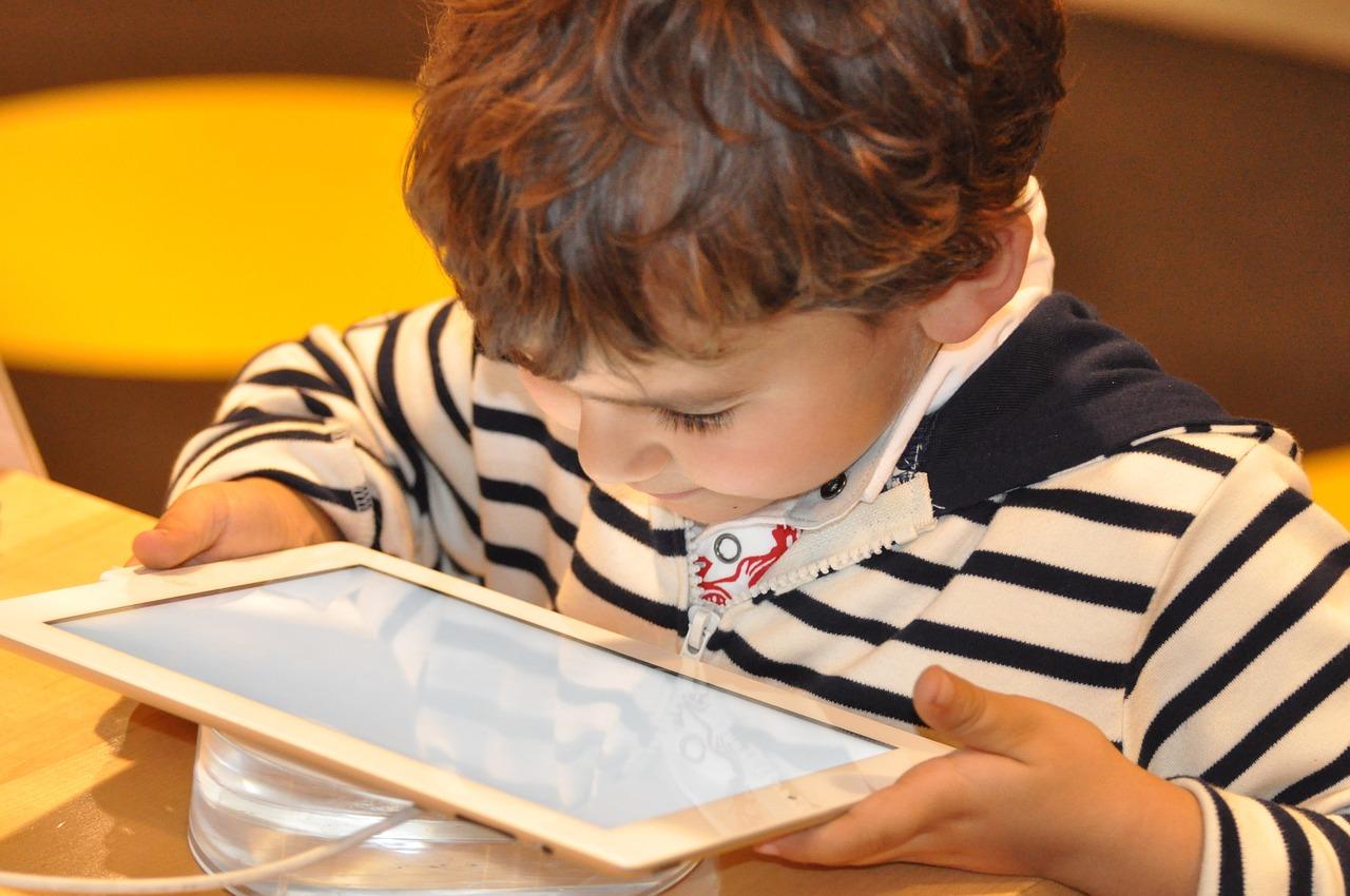 Dzieci mobilnie (nie)świadome