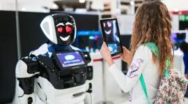 """Roboty przyszłości w Porcie Łódź Hobby,  - Port Łódź zaprasza na Międzynarodową interaktywną wystawę """"Miasto Robotów"""", która odbywać będzie się w łódzkim Centrum od 27 czerwca do 11 sierpnia. Wystawa zorganizowana zostanie w przestrzeni niedaleko strefy restauracyjnej, a oglądać będzie można ją każdego dnia."""